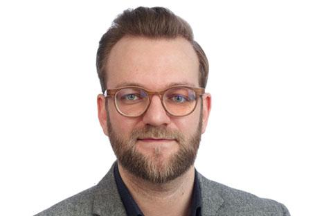 <?php echo Niclas Hoffmann